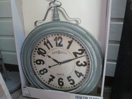garden-center-clocks-5